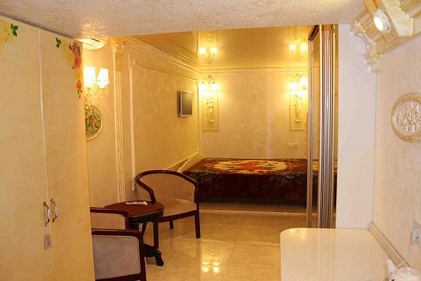 1-комнатная квартира посуточно в Одессе. Приморский район, ул. Греческая, 23. Фото 1