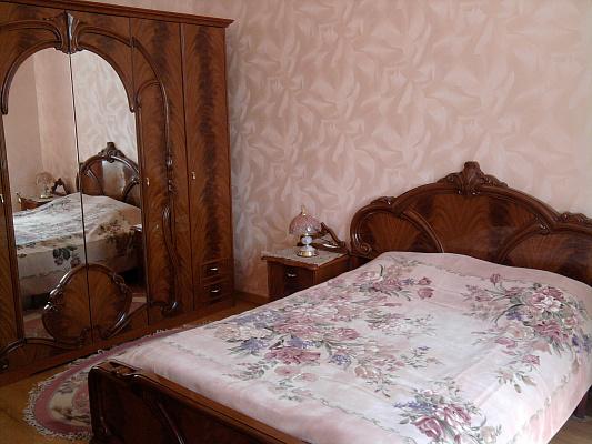 3-комнатная квартира посуточно в Киеве. ул. Антоновича, 4. Фото 1