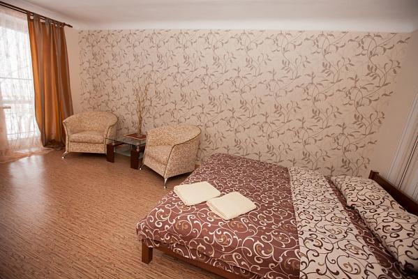 1-комнатная квартира посуточно в Полтаве. Октябрьский район, Соборный Майдан, 15. Фото 1