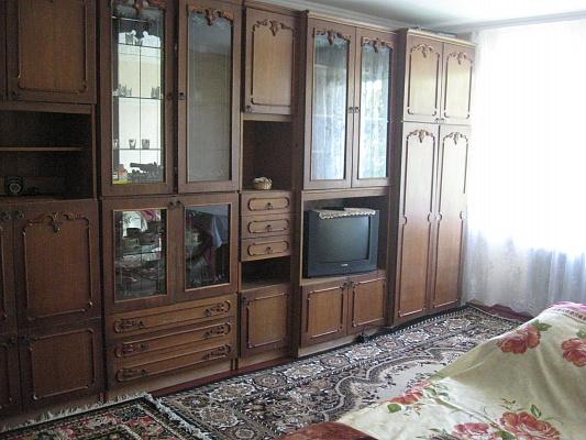 1-комнатная квартира посуточно в Хмельницком. ул. Институтская, 16. Фото 1