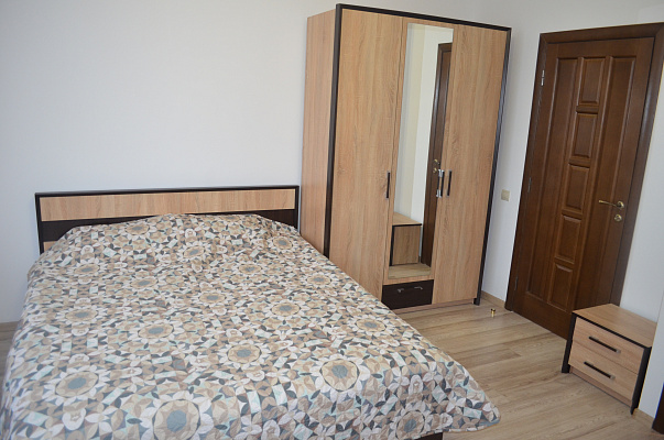 2-комнатная квартира посуточно в Трускавце. ул. Помирецкая, 9. Фото 1