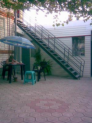 Дом  посуточно в Бердянске. Бердянск, Бердянск, Бердянск, ул. Толстого, 92, 92, 92. Фото 1