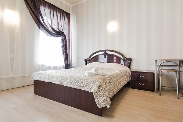 1-комнатная квартира посуточно в Одессе. Приморский район, пер. Покровский, 8. Фото 1