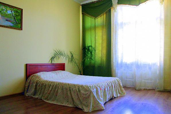 2-комнатная квартира посуточно в Львове. Галицкий район, ул. Театральная, 3. Фото 1