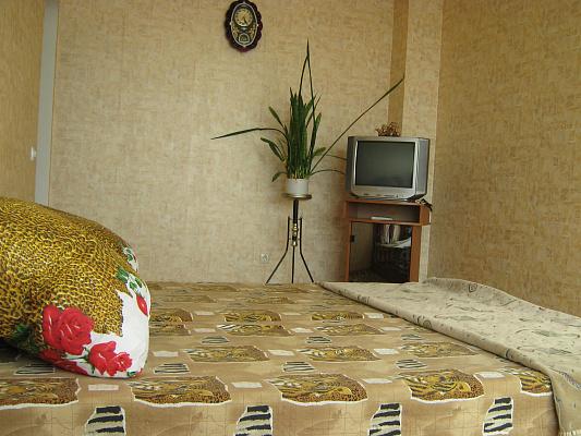 1-комнатная квартира посуточно в Севастополе. Гагаринский район, пр. Античный, 11. Фото 1
