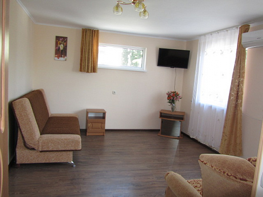1-комнатная квартира посуточно в Алупке. Калинина , 28а. Фото 1