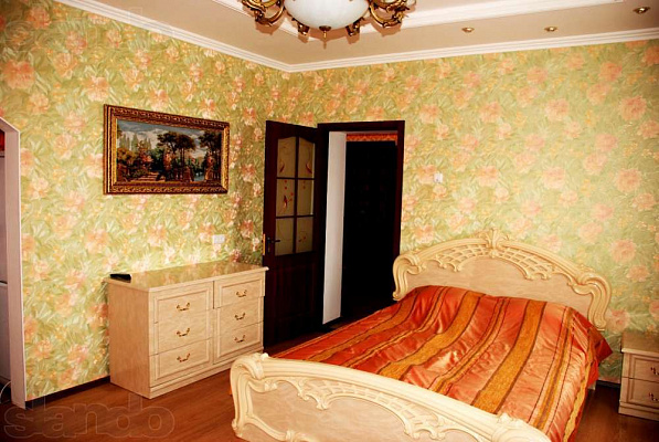 3-комнатная квартира посуточно в Измаиле. пр-т Суворова, 39. Фото 1