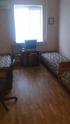 2-комнатная квартира посуточно в Затоке. мкр. Радужный, 5. Фото 1