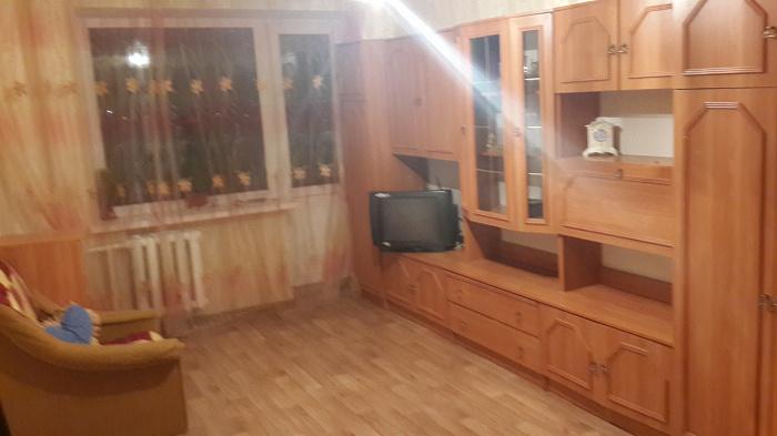 1-комнатная квартира посуточно в Кировограде. Кировский район, ул. В. Никитина, 15. Фото 1