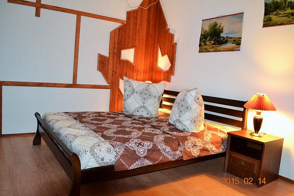 1-комнатная квартира посуточно в Миргороде. ул. Воскресенская, 16. Фото 1