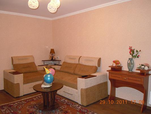 1-комнатная квартира посуточно в Сумах. Ковпаковский район, Промышленный, 7. Фото 1