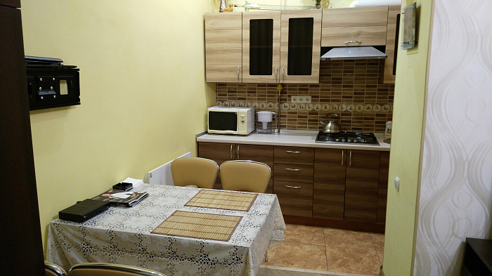 1-комнатная квартира посуточно в Львове. Галицкий район, краківська, 30. Фото 1