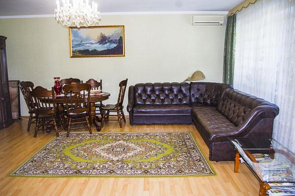 4-комнатная квартира посуточно в Партените. ул. Победы, 3. Фото 1