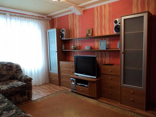3-комнатная квартира посуточно в Донецке. Киевский район, ул.Савченко, 11. Фото 1