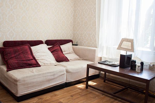 1-комнатная квартира посуточно в Одессе. Приморский район, ул. Канатная, 81. Фото 1