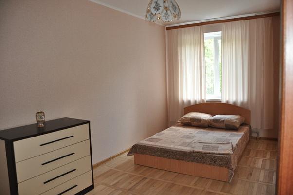 3-комнатная квартира посуточно в Полтаве. Октябрьский район, Киевское шоссе, 50. Фото 1