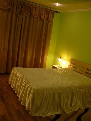 1-комнатная квартира посуточно в Трускавце. ул. Саломеи Крушельницкой, 6. Фото 1