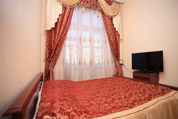 1-комнатная квартира посуточно в Львове. Галицкий район, ул. Шептицких, 1. Фото 1