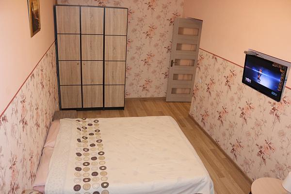 1-комнатная квартира посуточно в Львове. Железнодорожный район, ул. Городоцкая, 60. Фото 1