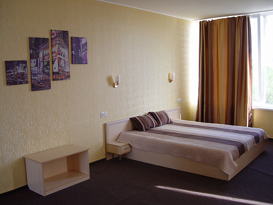 Мини-отель  посуточно в Харькове. Дзержинский район, ул. Кравцова, 8. Фото 1