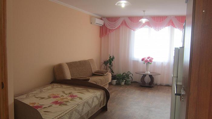 Мини-отель  посуточно в Алупке. ул. Красногвардейская, 24. Фото 1