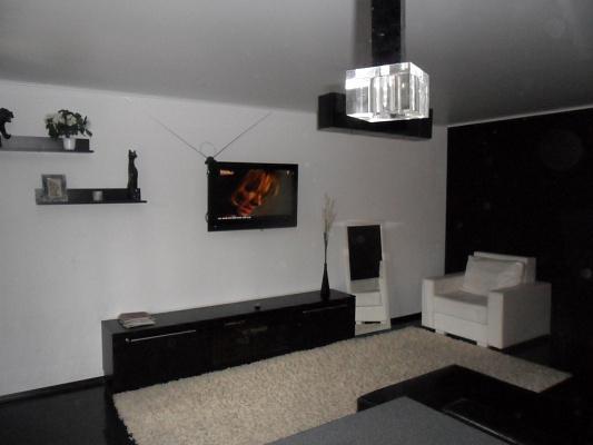 1-комнатная квартира посуточно в Чернигове. Деснянский район, Проспект Мира, 35. Фото 1