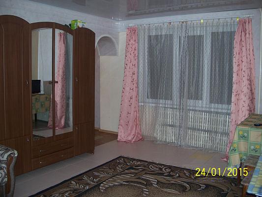 2-комнатная квартира посуточно в Светловодске. ул. М.Грушевского (Калинина), 3. Фото 1