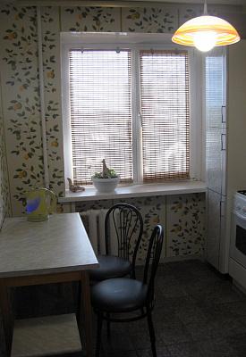 1-комнатная квартира посуточно в Кременчуге. ул. Ивана Мазепы, 17. Фото 1