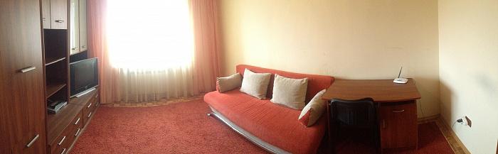 2-комнатная квартира посуточно в Ужгороде. ул. Венелина Гуцы, 10. Фото 1