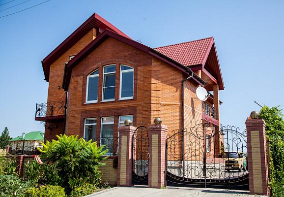 Дом  посуточно в Бердянске. ул. Камышовая, 11. Фото 1