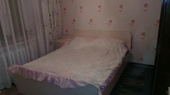 2-комнатная квартира посуточно в Киеве. Оболонский район, ул. Иорданская, 11. Фото 1