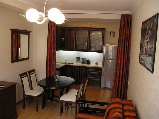 2-комнатная квартира посуточно в Партените. ул. Прибрежная , 7. Фото 1