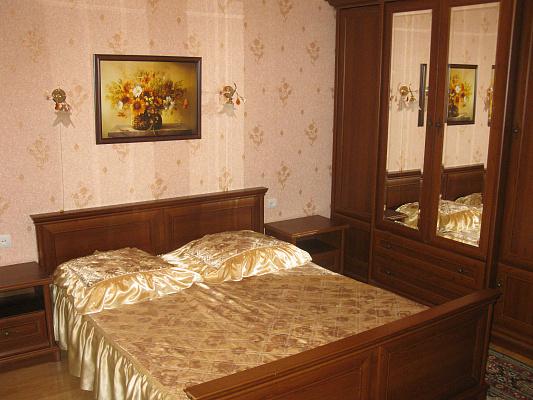 1-комнатная квартира посуточно в Ялте. Центр Ялты район, ул. Боткинская, 3. Фото 1