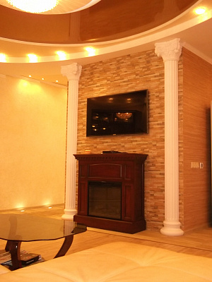 2-комнатная квартира посуточно в Севастополе. Гагаринский район, пр-т Античный, 18. Фото 1