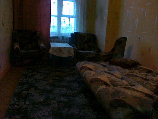 1-комнатная квартира посуточно в Мариуполе. Артема. Фото 1