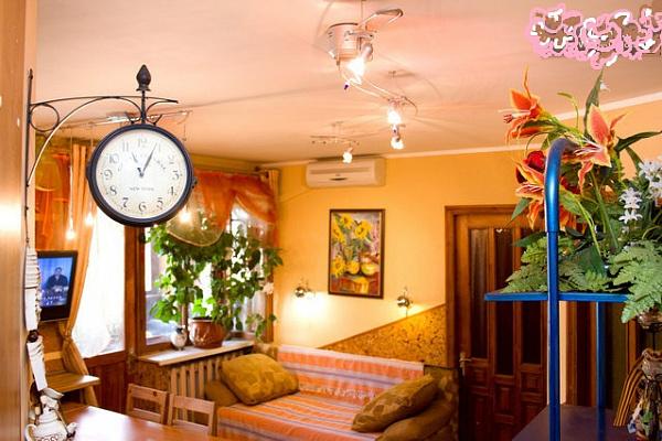 3-комнатная квартира посуточно в Одессе. Малиновский район, Болгарская \Мясоедовская, 20. Фото 1