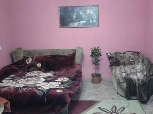 1-комнатная квартира посуточно в Бердянске. ул. Красная/Карла Маркса, 27. Фото 1