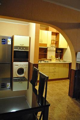 2-комнатная квартира посуточно в Одессе. Приморский район, б-р Французский, 16. Фото 1
