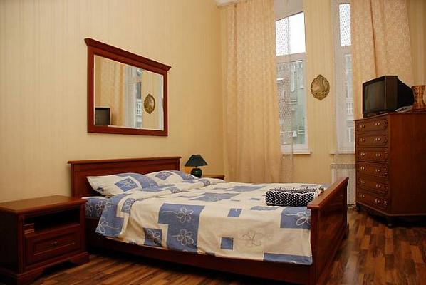 1-комнатная квартира посуточно в Тернополе. ул. Карпенко, 30. Фото 1