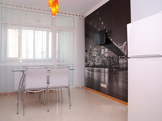 2-комнатная квартира посуточно в Киеве. Соломенский район, пр-т Валерия Лобановского, 4-В. Фото 1