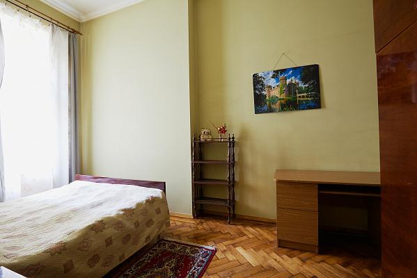 2-комнатная квартира посуточно в Львове. Галицкий район, ул.Герцена, 6. Фото 1