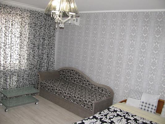 1-комнатная квартира посуточно в Полтаве. Ленинский район, ул. Небесной Сотни, 74. Фото 1