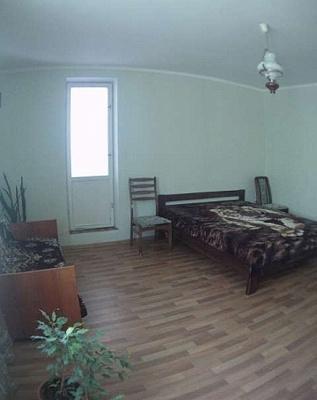 1-комнатная квартира посуточно в Севастополе. Гагаринский район, ул. Астана Кесаева, 3. Фото 1