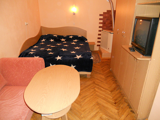 1-комнатная квартира посуточно в Львове. Галицкий район, ул. Петра Дорошенко, 64. Фото 1