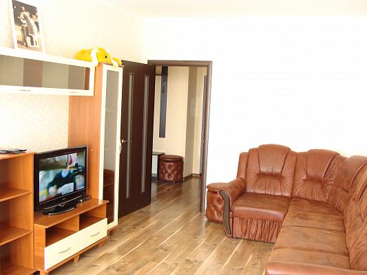 1-комнатная квартира посуточно в Киеве. Святошинский район, ул. Ивана Крамского, 9. Фото 1