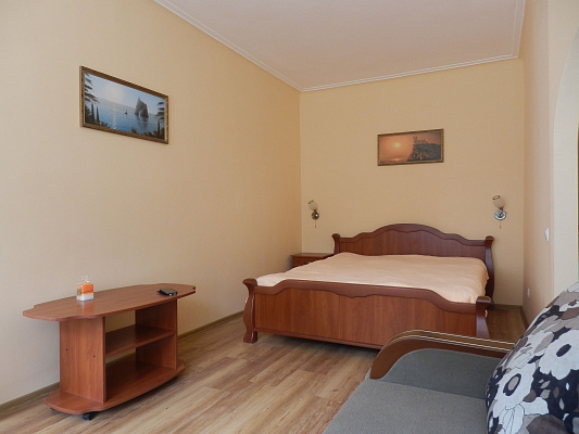 2-комнатная квартира посуточно в Керчи. Курортная, 3. Фото 1