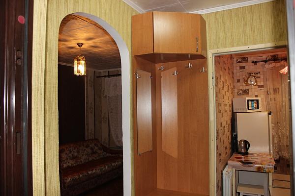 1-комнатная квартира посуточно в Сумах. Ковпаковский район, ул.Пролетарская, 5. Фото 1