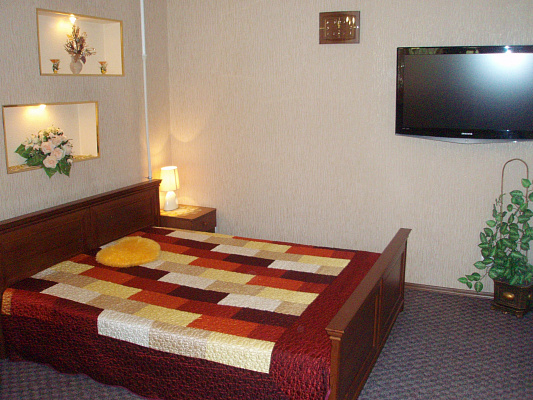 1-комнатная квартира посуточно в Керчи. ул. Борзенко, 21. Фото 1