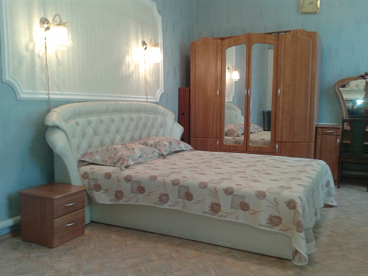 Дом  посуточно в Феодосии. ул. Обуховой, 25. Фото 1
