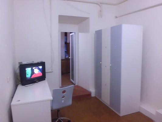 1-комнатная квартира посуточно в Херсоне. Суворовский район, ул.Соборная, 28. Фото 1